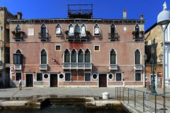Wenecja historyczny centrum miasta, Veneto rigion, Włochy, Palazzo buil - Zdjęcie Stock