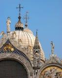 WENECJA, ITALY/EUROPE - PAŹDZIERNIK 26: Częściowy widok bazylik di Fotografia Stock