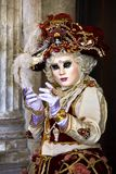 Wenecja karnawał 2017 czarny karnawałowy czerwony venetian kostiumowe maska venetian karnawału włochy Wenecji Zdjęcie Royalty Free