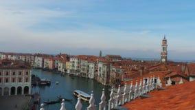 Wenecja: Kopuły i kościół zdjęcie royalty free