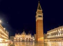 Wenecja przy nocą, San Marco kwadrat w Wenecja, Włochy Zdjęcia Stock