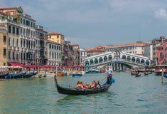 WENECJA WŁOCHY, Czerwiec, -, 09: Gondole przy kanał grande w Wenecja, Ita Obrazy Royalty Free