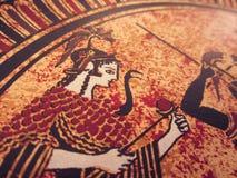 WENECJA WŁOCHY, LIPIEC, - 02, 2017: Szczegół od starej dziejowej greckiej farby nad naczyniem Mityczni bohaterzy i bóg walczy na  Obraz Stock