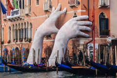 WENECJA WŁOCHY, STYCZEŃ, - 06, 2018: Rzeźba: Monumentalny Gigantyczny Zdjęcia Stock