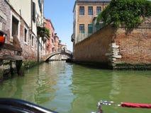 20 06 2017, Wenecja, Włochy: Widok od gondoli historyczny buildin Zdjęcie Stock