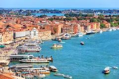 Wenecka laguna i kuszetka dla gondoli i łodzi, Wenecja, Ital obrazy royalty free