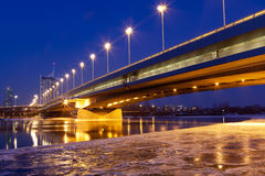 Wenen bij schemer, Donau Stock Afbeelding
