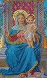 Wenen - Glasmozaïek van Madonna van Schottenkirche door Michael Riese van jaren 1883 - 1889 stock afbeelding