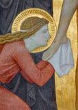 Wenen - Mary Magdalen Detail van Deposito van de dwarsscène in Carmelites-kerk Stock Foto
