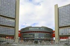 """Wenen, Oostenrijk †""""26 September, 2013: Het Internationale Centrum VIC van Wenen is de complexe campus en de bouw ontvangend Ve Royalty-vrije Stock Fotografie"""