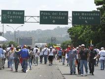 Wenezuela władzy cięcia: Protesty wybuchają w Wenezuela nad zaciemnieniem zdjęcia stock