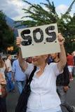 Wenezuela władzy cięcia: Protesty wybuchają w Wenezuela nad zaciemnieniem obraz royalty free