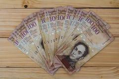 Wenezuelska waluta pieniądze Bolivares Bs 100 gotówka Zdjęcia Stock