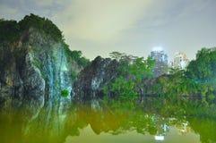 Wenig Guilin mit dem Grün bis zum Nacht Lizenzfreie Stockbilder