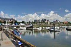 Wenig Hafen in Normandie lizenzfreie stockfotografie