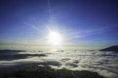 Wenig Himmel über dem Himmel Lizenzfreie Stockbilder