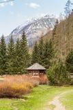 Wenig Holzhaus in Gressoney Lizenzfreies Stockfoto