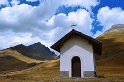 Wenig Kapelle an der Grenze von Frankreich und von Italien Lizenzfreies Stockfoto