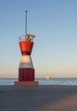 Wenig roter Leuchtturm Lizenzfreie Stockfotos