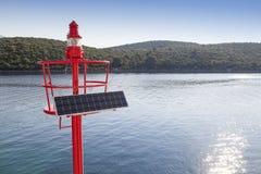 Wenig rotes Leuchtfeuer, Solar angetrieben Lizenzfreie Stockbilder