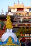 Wenig stupa und Palast Stockfotografie