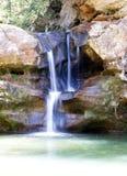 Wenig weicher Wasserfall Lizenzfreie Stockfotos