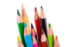 Wenige Farbenbleistifte getrennt Stockfotos