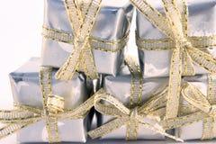 Wenige silberne Geschenke 3 Stockbild