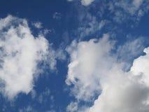 Wenn Wolken und Himmel nein vereinigen 2 lizenzfreies stockbild