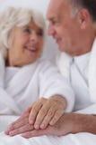 Wens en intimiteit in bejaarden royalty-vrije stock foto's