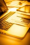 Werbung des Handelsförderungs-Digital-Marketing-Konzeptes Verbessern von Statistiken lizenzfreies stockbild