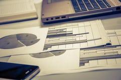 Werbung des Handelsförderungs-Digital-Marketing-Konzeptes Verbessern von Statistiken lizenzfreies stockfoto
