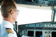 Werden fertig zum Flug Lizenzfreie Stockbilder
