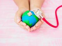 Wereldaarde Dag 22 April en de dag van de Wereldgezondheid, 7 April concept Royalty-vrije Stock Afbeeldingen