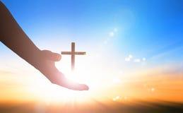 Werelddag van Herinnering: God ` die s hand helpen stock afbeeldingen
