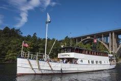 Werelden oudste passengership in verkeer: M/S Enkoping Stock Foto's