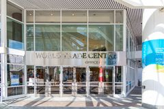 Wereldhandelcentrum bij de Haven van Vancouver op de Dag van Canada royalty-vrije stock foto