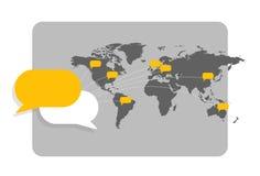 Wereldkaart met berichtbellen die interconnectie met elkaar en globale mededeling tonen vector illustratie