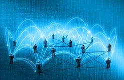 Wereldkaart op een technologische achtergrond, gloeiende lijnensymbolen van Internet, radio, televisie, mobiel en satelliet Royalty-vrije Stock Foto