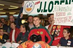 Wereldkampioen Jorge Lorenzo die aan luchthaven aankomen Royalty-vrije Stock Foto