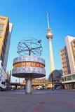 Wereldklok in Alexanderplatz Royalty-vrije Stock Foto
