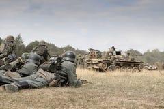 Wereldoorlog 2 Duitse troepen en voertuigen royalty-vrije stock fotografie