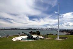 Wereldoorlog twee artilleriedijk, het Noordenhoofd, Waitemata-Haven, de Stad van Auckland, Nieuw Zeeland royalty-vrije stock fotografie