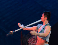 Werfen Sie die Gewehr Technologie-akrobatische showBaixi Traum-Nacht Stockfoto