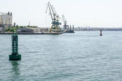 Werft und das Meer Stockbild