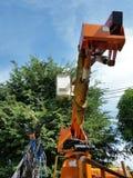 Werk in uitvoering, het licht van de moeilijke situatielamp op de weg stock afbeelding