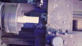 Werkende CNC malenmachine op een installatie stock video