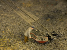 Werkende Harde Bewegende Steenkool Royalty-vrije Stock Afbeeldingen