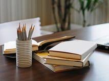 Werkende lijst De documenten in het bureau Stock Fotografie