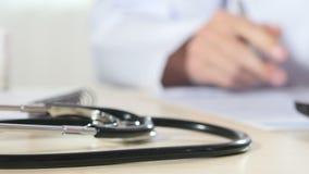 Werkende plaats van arts stock footage